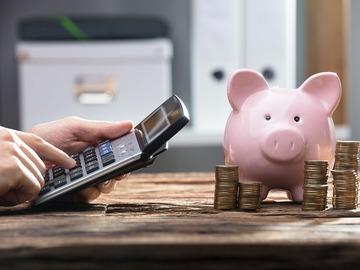 Consejos para ahorrar y comprar tu primera casa Image
