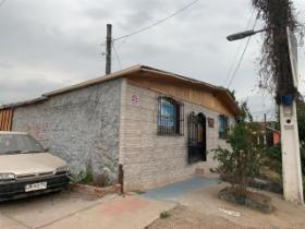 Venta propiedad usada / Casa / Cerro Navia